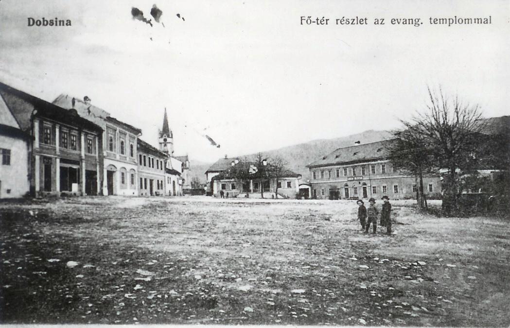 Dobšinské námeste