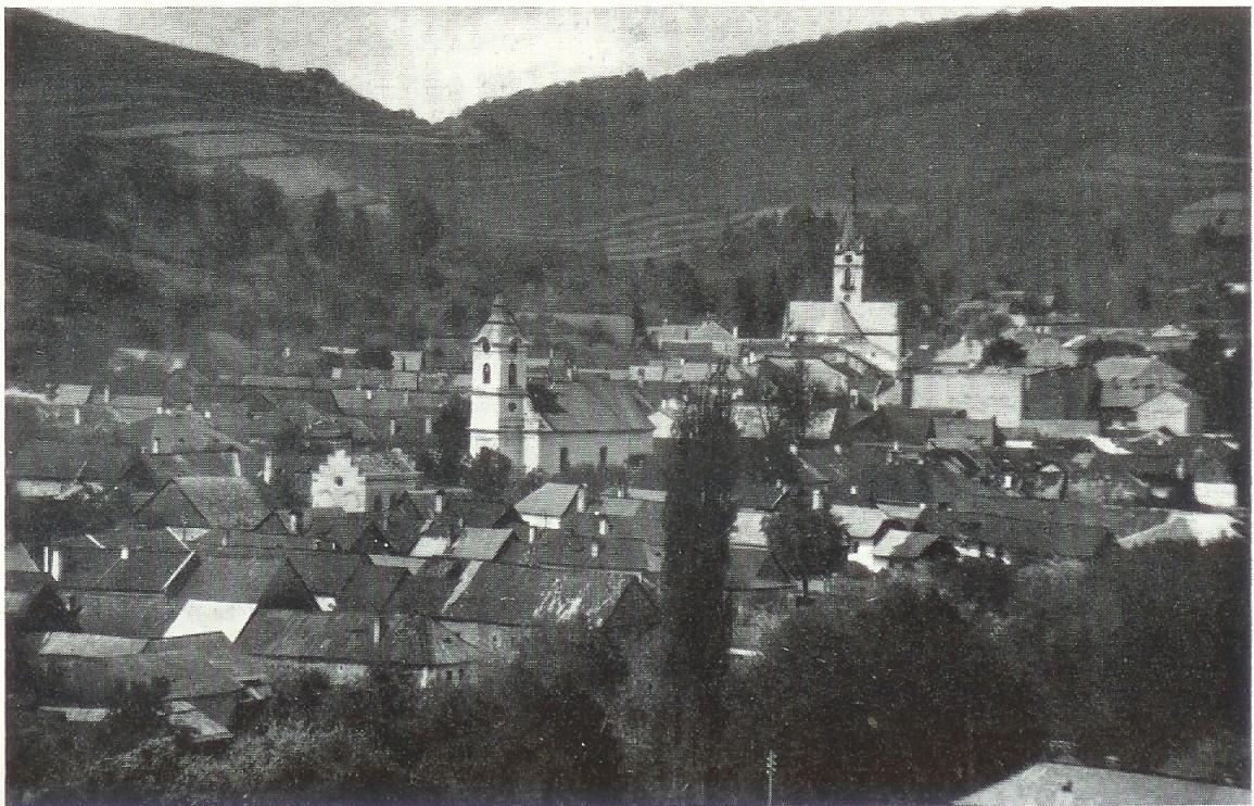 Tri kostoly v Dobšinej